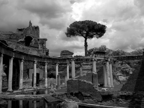 incontri,viaggi,adriano,villa adriana,teatro marittimo,architettura,classicismo